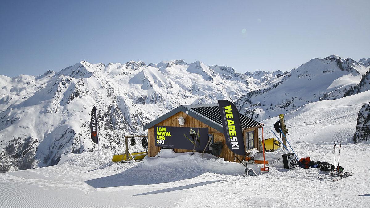 chalet ski kakemono .ski